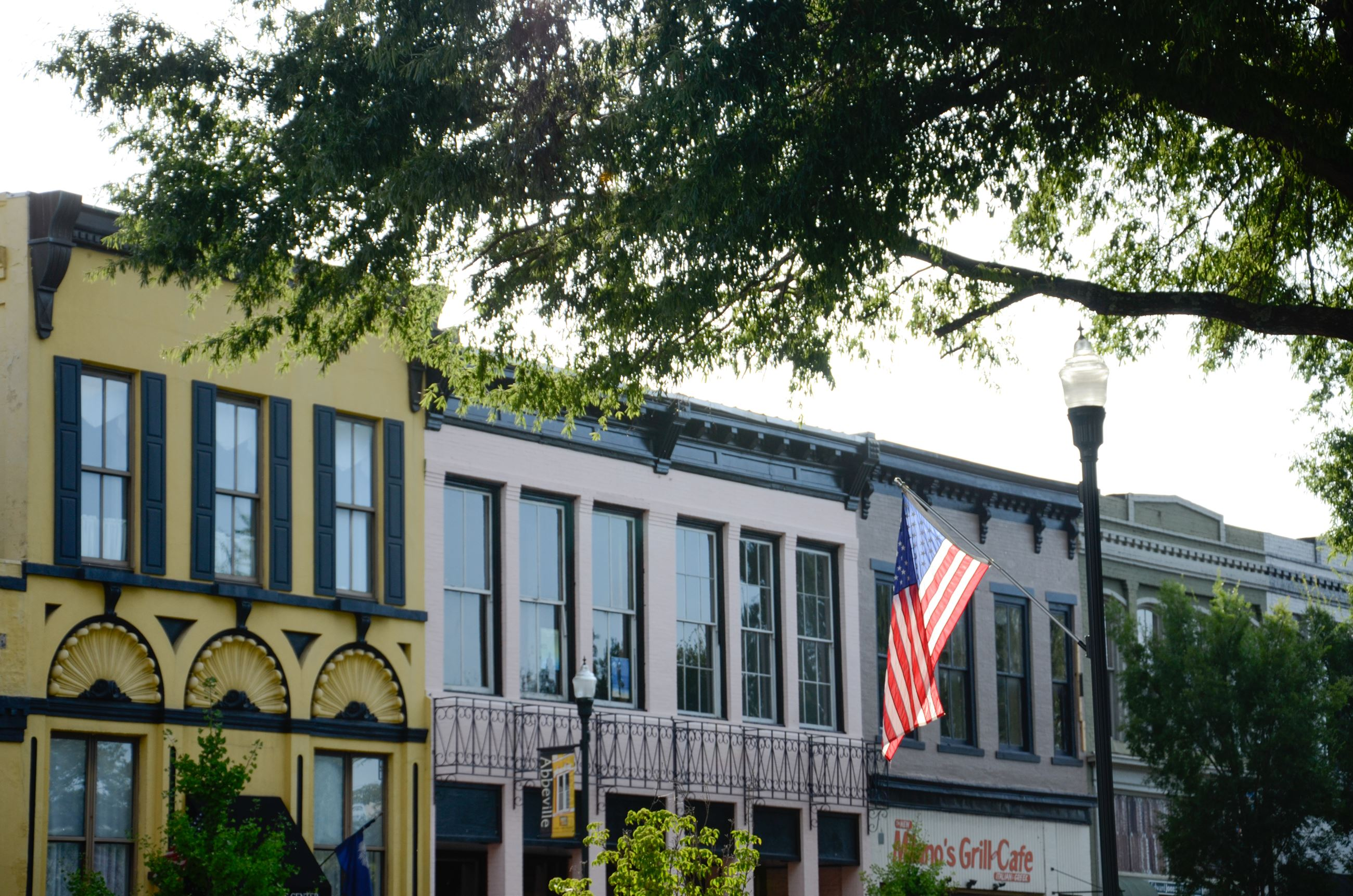 Image of Abbeville Square with American Flag